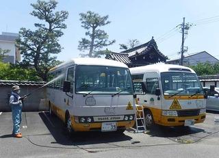 バス洗車�@.jpg